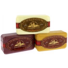 Lot de 3 savons : Fruits des bois - Miel - Chèvrefeuille