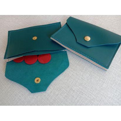 Porte-monnaie et porte-cartes en cuir d'agneau bleu canard de Petite maroquinerie