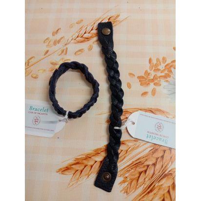 bracelet tressé en cuir bleu nuit de Petite maroquinerie